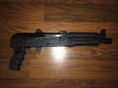Check out Jason's M92 with our Handguard Set - Ronin's Grips