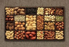 Natalia Giardino · Alimentación y Deporte: Frutos secos,snacks saludables Dry Fruit Box, Fruit And Veg, Dried Fruit, Healthy Fruits, Healthy Eating, Bolos Low Carb, Assorted Nuts, Fruit Packaging, Fruit Shop
