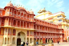 16 Amazing Palaces In India That Put Disney To Shame