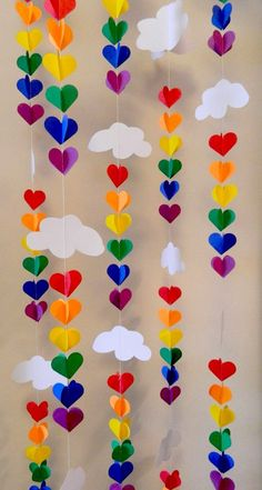 Baby SPRINKLE Decor / SPRINKLE Party / Clouds and Raindrop Rainbow Garland / Baby Shower Decorations / DIY Nursery Mobile - These vertical garlands are SUPER cute for decoration ! Perfect for your sprinkling baby showers - Baby Sprinkle, Sprinkle Party, Summer Crafts, Fun Crafts, Crafts For Kids, Arts And Crafts, Baby Crafts, Kids Diy, Simple Paper Crafts