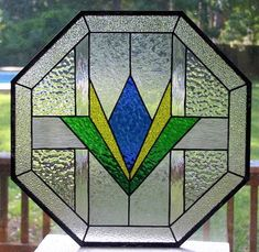 Geometric Octagon Stained Glass Window by Pam Hansen Stained Glass Cookies, Stained Glass Ornaments, Stained Glass Designs, Stained Glass Projects, Fused Glass Art, Stained Glass Patterns, Mosaic Glass, Glass Vase, Modern Stained Glass