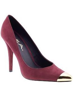 colored shoe to liven up outfit with professional height- 69.00