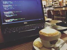 E aí o que vamos fazer hoje? Tentar dominar o mundo.  =   #coffe #cafe #code #developer #webdeveloper #php #programming #mysql #softwaredeveloper #webdesign #designer #workstation #java #codered #buildtheweb #building #code #js #javascript #css #css3 #programmer #webdev #agenciaweb #development