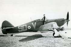 Hawker Hurricane Mk 1a of 501 Squadron at RAF Tangmere in early 1940: Flt Sgt 'Ginger' Lacey, highest scoring pilot in the Battle of Britain, flew with this unit. The aircraft is still fitted with a fixed pitch two blade propeller, replaced by a variable pitch three blader by the time of the battle.