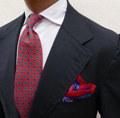 @cordone_1956  Details. Shirt by-hand collection. #Cordone1956 #Elegance #Fashion #Menfashion #Menstyle #Luxury #Dapper #Class #Sartorial #Style #Lookcool #Trendy #Bespoke #Dandy #Classy #Awesome #Amazing #Tailoring #Stylishmen #Gentlemanstyle #Gent #Outfit #TimelessElegance #Charming #Apparel #Clothing #Elegant #Instafashion