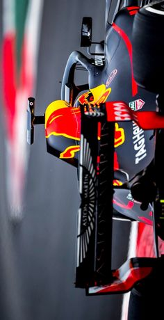 2018/3/2:Twitter: @redbullracing : Max finishes day four of #F1Testing with 35 laps Not as many laps under our belts as we hoped for today but plenty more to come next week #F1 #F12018 #FormulaOne #redbullracing #F1 #F12018 #RB14 #DR3