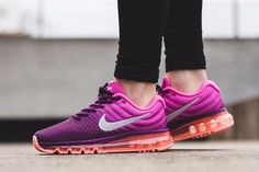 5d117bb6973 Most Comfortable Feeling Shoes Of Nike Cheap Runs Here