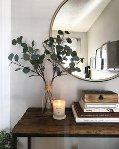Home Interior Simple Best Fall Candles for 2019 that Add Coziness.Home Interior Simple Best Fall Candles for 2019 that Add Coziness Entryway Decor, Bedroom Decor, Entryway Stairs, Entrance Table Decor, Hallway Console, Entryway Mirror, Entrance Ideas, Wood Stairs, Hall Way Decor