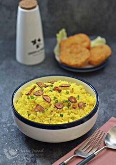 Simple and fuss free buttery fragrance rice with fried garlic slices