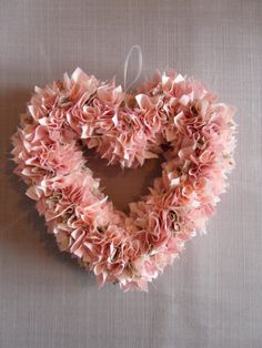 Vintage Style Pink Fabric Heart Wreath Door/Wall Decoration