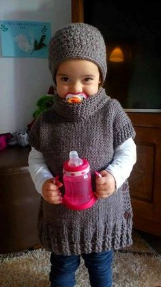 Chasuble et bonnet pour enfant de la boutique EffiChouchouCrochet sur Etsy