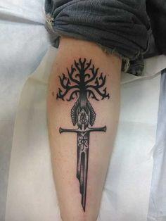 Lord of the Rings inspired tat - Tatuering Tolkien Tattoo, Lotr Tattoo, Rune Tattoo, Sword Tattoo, Get A Tattoo, Nerdy Tattoos, Creative Tattoos, Body Art Tattoos, Hand Tattoos
