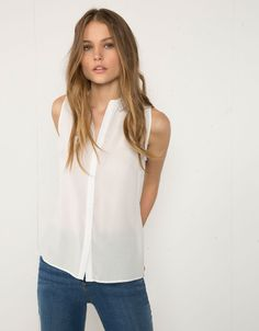 Bershka side cut detail shirt - Shirts & blouses - Bershka Lebanon