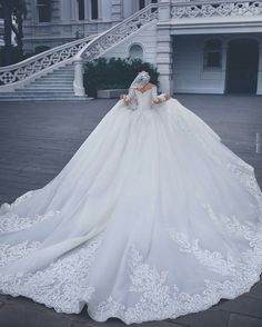 The Bridal Fashion Week for 2020 has come and gone, and it did not disappoint. If you love the classic style of Audrey Hepburn and other mid-century classic Princess Wedding Dresses, Best Wedding Dresses, Bridal Dresses, Wedding Gowns, Boho Wedding, Wedding Dress Long Train, Mermaid Wedding, Cathedral Wedding Dress, Cathedral Train