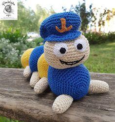 FONAL ANYUK: Kukac Úr horgolva Soft Dolls, Doll Toys, Tweety, Diy And Crafts, Crochet Hats, Urban, Knitting, Sewing, How To Make