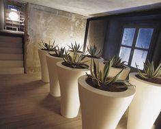 plastic pots - showroom molteni italia - Page 1