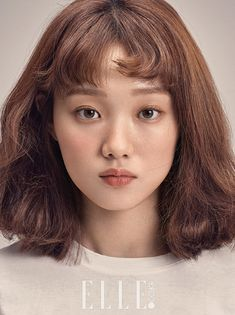 'Weightlifting Fairy Kim Bok Joo' lead female Lee Sung Kyung's popularity skyrocketed after her last drama. Her beauty and talent when it comes to acting was reco Korean Makeup, Korean Beauty, Asian Beauty, Kim Book, Joo Hyuk, Korean Celebrities, Korean Actresses, Saranghae, Actors