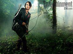 Jenifer Lawrence - Katniss - The Hunger Games - Forest Jennifer Lawrence Images, Jennifer Lawrence Hunger Games, Jenifer Lawrence, New Hunger Games, Hunger Games Movies, Hunger Games Trilogy, Katniss Everdeen, 2012 Movie, I Movie