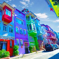 Old Colorful Houses - Istanbul von kyrenian