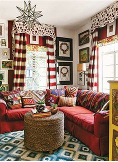 Sohr Kids Bedroom Decorated for Christmas - bunk rooms | Pinterest