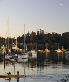 Bainbridge Island Rowers and Moon Bainbridge Island Washington, Washington Island, Seattle Washington, Washington State, Beautiful Islands, Beautiful World, Beautiful Places, Seattle Sights, Pokemon Regions