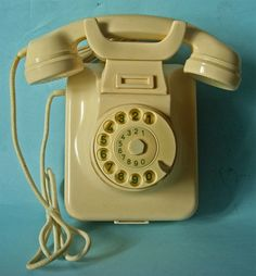 Although it's hard to come across these days, we love Bakelite! What is bakelite you ask? Bakelite was the first types o. Telephone Booth, Vintage Telephone, Dog Treat Recipes, Healthy Dog Treats, Out Of Office Message, Retro Phone, Vintage Phones, Old Phone, Colors