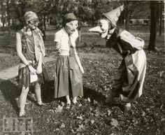 I love these masks.  1929.