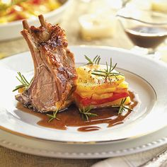 Costillar de cordero al horno con miel Canapes, Food Inspiration, Good Food, Brunch, Food And Drink, Pork, Dinner, Cooking, Recipies
