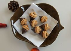peanut butter acorn cookies  I have made these twice... So easy and so cute!
