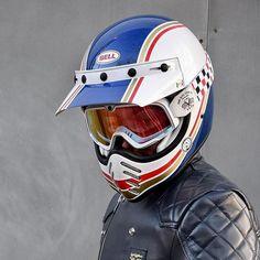 Retro Motorcycle Helmets, Motorcycle Style, Motorcycle Gear, Bell Moto 3, Helmet Design, Moto Style, Dirt Bikes, Motocross, Motorbikes