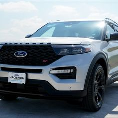 Who's ready to go fast? #haciendaford #ford #ST #performance #family 2020 Ford Explorer, Best Family Cars, Car Ford, Vehicles, Car, Vehicle, Tools