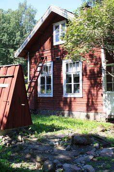 Kahvila Leivintupa Lace Curtains, Garden Cottage, Old Houses, Finland, Countryside, House Plans, Castle, Villa, Asylum