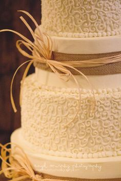 Burlap Rustic Wedding Cake ----Stacy H--could make this???