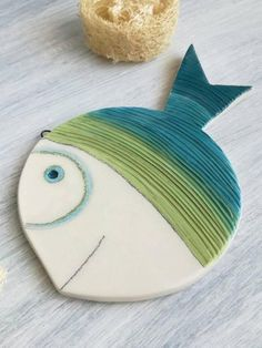 inspiration for stone painting aa - Diy Clay, Clay Crafts, Diy And Crafts, Arts And Crafts, Ceramic Pottery, Ceramic Art, Cerámica Ideas, Clay Fish, Fish Sculpture