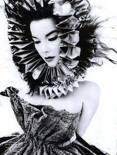 Fashionable Feminist Icon: Björk