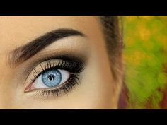 7 Naked Palette Tutorials For Blue Eyes That You Can Do Even Without The Naked Vault II — VIDEOS | Bustle