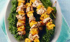 Savourer les saveurs simples et pures de citron frais et de coriandre dans ces kébabs d'inspiration sud-africaine.    Le Poulet du Québec