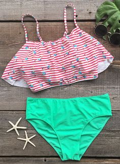 Stun in the sun with this fresh color Bikini. The supportive top and on-trend falbala hem detail offer a look every beach babe wants. Out of this heated world, just like you.