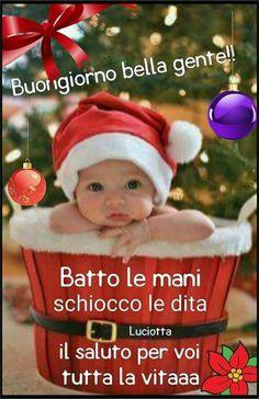 Buongiorno con i bambini Natale Christian Bobin, Italian Memes, Merry Christmas, Christmas Ornaments, New Years Eve Party, Beautiful Christmas, Elf On The Shelf, Good Morning, In This Moment