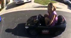 Veja o Que Esta Menina De 3 Anos Consegue Fazer Ao Volante De Um Carro