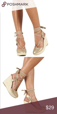 ❗️last pair❗️champagne ankle strap wedge Ankle strap wedge Shoes Wedges