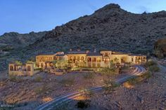 $11 MILLION MUMMY MOUNTAIN SPRAWLING ESTATE – PARADISE VALLEY, AZ features 6 BEDs/8 BATHs – 10,283 sq.feet & 4 Car Garage and on 5 acres.