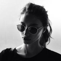 silver-y:  d-o-l-c-e:  Alexandra Agoston by Darren Mcdonald / Taken from Insta @Steve Benson Benson Rush xxx  ๏
