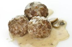 Slow Cooker Mushroom Porcupine Meatballs - Delicious and leftovers are great too!  www.GetCrocked.com