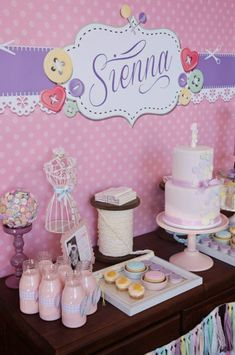 Cute as a BUTTON first birthday party!! Darling.