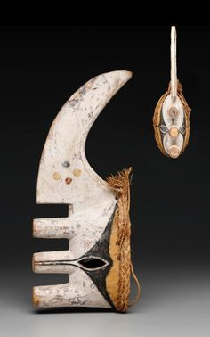 "Africa | Face mask (""maa ji,"" yam cutting knife) from the Igbo people (Afikpo subgroup) from Nigeria 