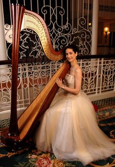 Hire a harpist for a Christmas party