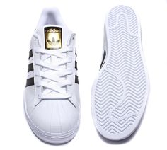 online retailer 430e2 09522 adidas Originals Womens Superstar Trainers in White and Black. Leather  upper, iconic Adidas toe cap and contrasting 3 stripes to outstep.