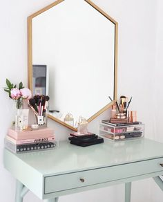 Image about makeup in Room Inspo by My New Room, My Room, Spare Room, Cheap Home Decor, Diy Home Decor, Decor Room, Room Decorations, Pastel Room Decor, Tumblr Room Decor