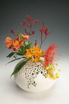 Fleurs artificielles Dahlia Rose Silk Lot de 2 en noir Comma Vase en c/éramique